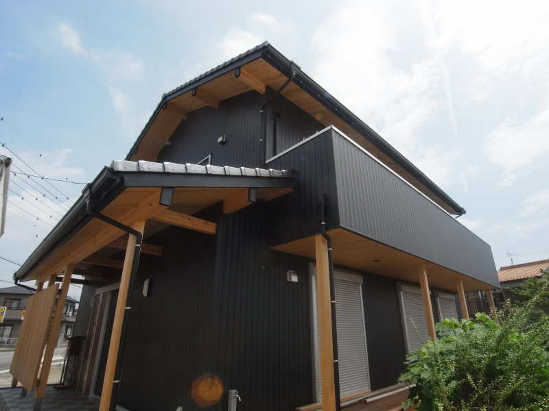 『自然素材の家』